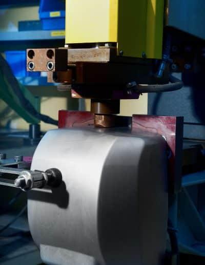 Prensa y soldadura por descarga de condensadores Matricats